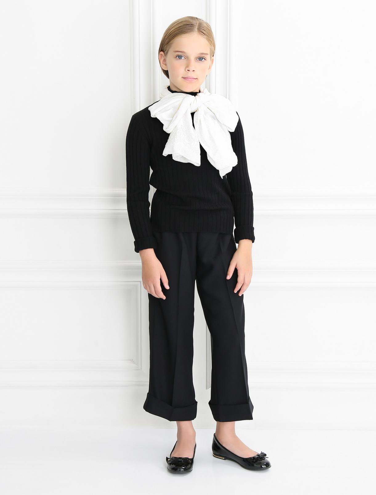 Легкий шарф из хлопка с кружевным декором IL Trenino  –  Модель Общий вид