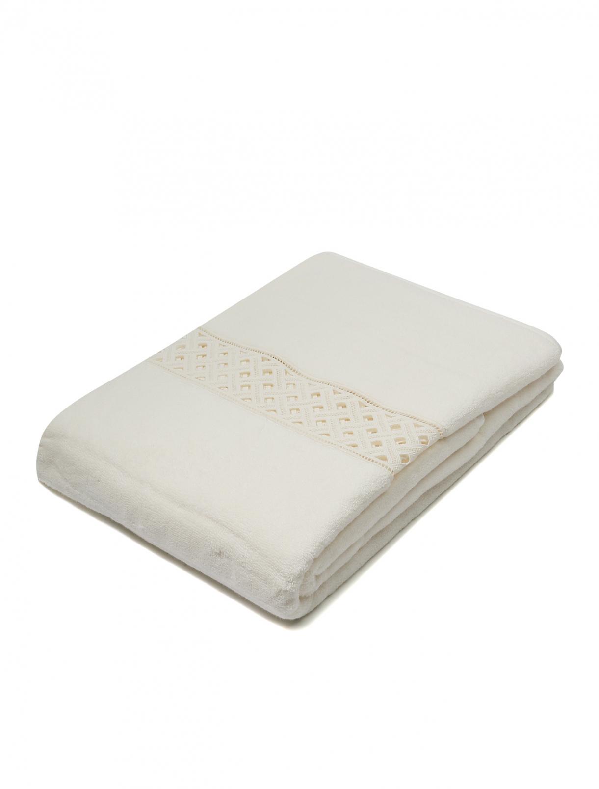 Полотенце из хлопковой махровой ткани с кружевной вставкой 100 x 150 Frette  –  Общий вид