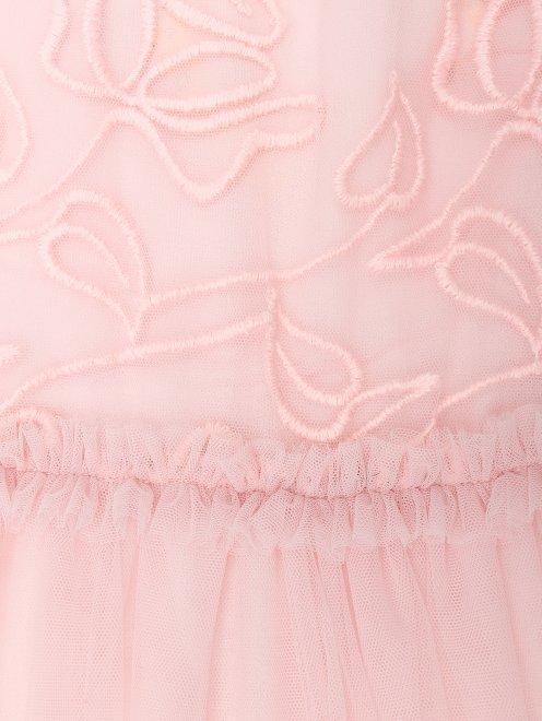 Платье с декоративной вышивкой - Деталь