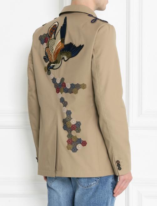 Куртка на пуговицах с аппликацией - МодельВерхНиз1