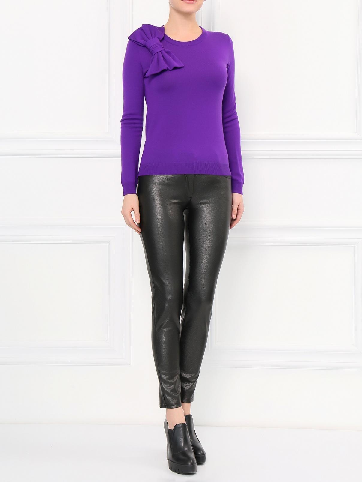 Узкие трикотажные брюки с напылением Moschino Boutique  –  Модель Общий вид