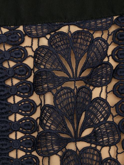 Платье из кружева с воланами - Деталь