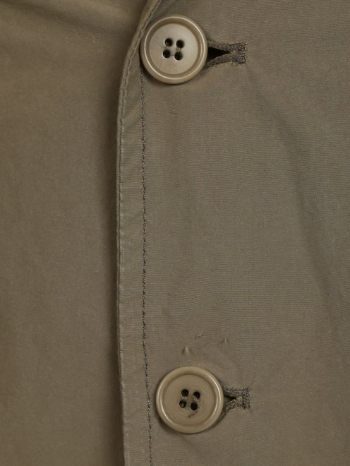 Куртка на пуговицах - Деталь