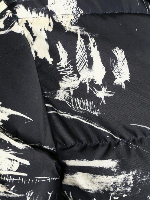 Пуховик на молнии с узором Moncler - Деталь